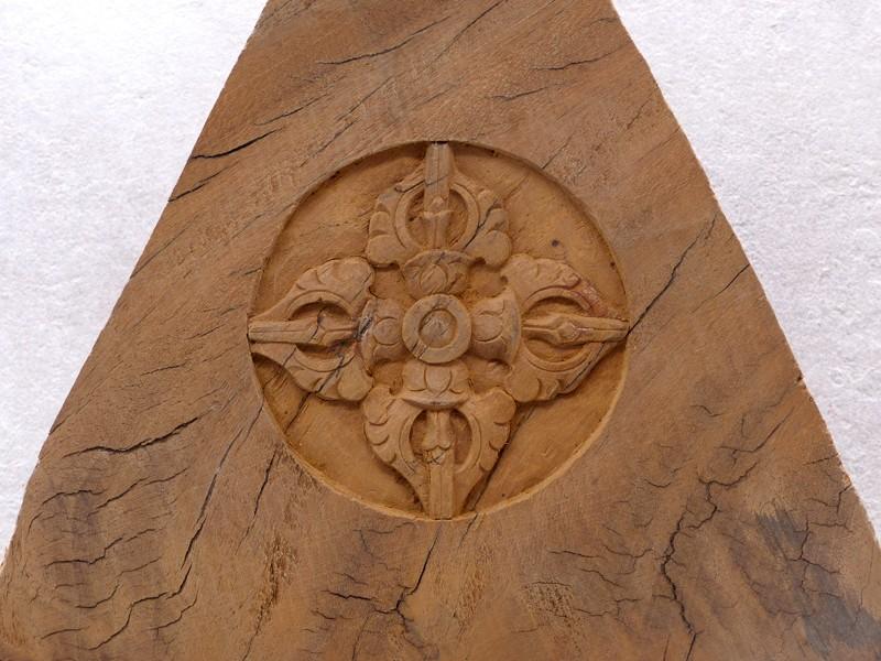https://www.savdana.com/10839-thickbox_default/div70-sculpture-dorje-bois-exotique.jpg