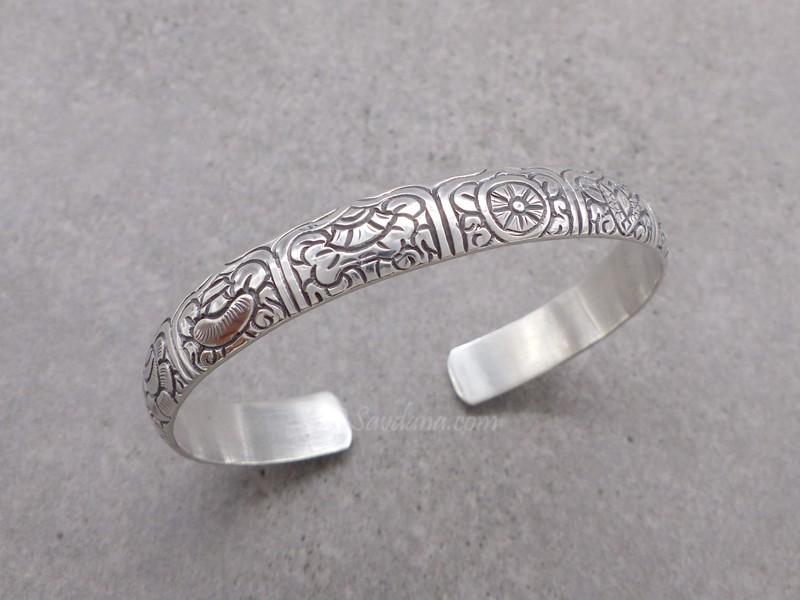 https://www.savdana.com/10903-thickbox_default/bra115-bracelet-tibetain-argent-massif-astamangala.jpg