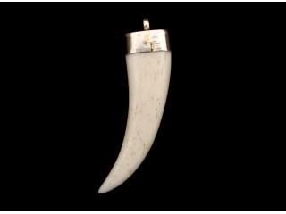 P39 Pendentif Tibétain Os de Yak