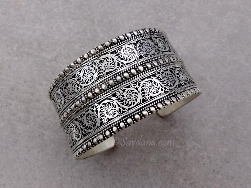 https://www.savdana.com/11326-thickbox_default/brd315-bracelet-tibetain-dragon.jpg