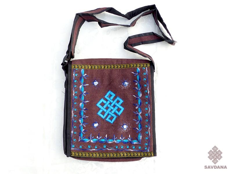 https://www.savdana.com/12004-thickbox_default/sac83-sac-besace-du-nepal-noeud-sans-fin.jpg