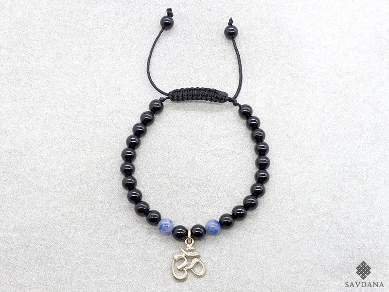 https://www.savdana.com/12327-thickbox_default/brmala406-bracelet-mala-onyx-sodalite-om-argent-massif.jpg