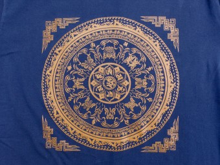TSrt70 T-Shirt Mantra Mandala Signes Auspicieux