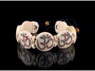 BrD71 Bracelet Tibétain Os de Buffle Om