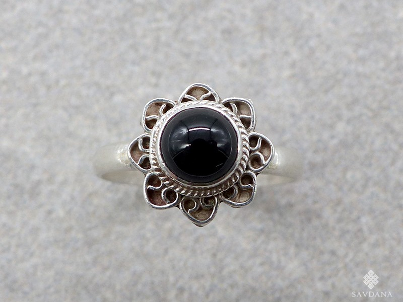 https://www.savdana.com/12654-thickbox_default/ba465-bague-argent-massif-onyx-taille-51.jpg