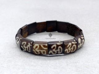 BrD377 Bracelet Tibétain Om
