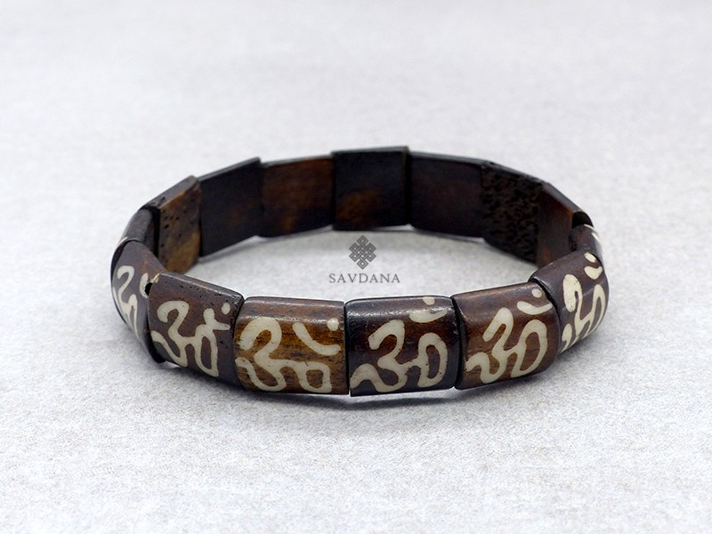 https://www.savdana.com/12934-thickbox_default/brd377-bracelet-tibetain-om.jpg