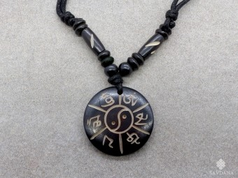 CD172 Collier Tibétain Mantra Yin Yang