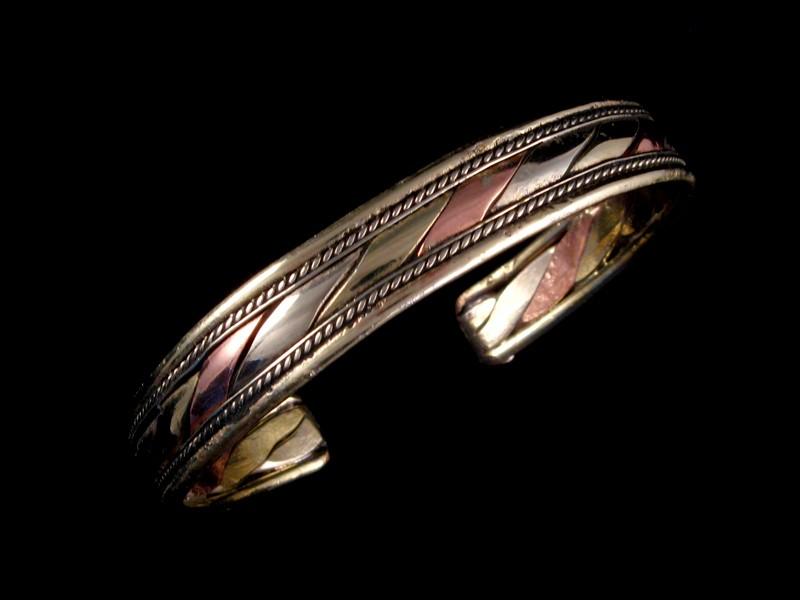 https://www.savdana.com/1364-thickbox_default/brd157-bracelet-tibetain-cuivre-laiton-metal-argente.jpg