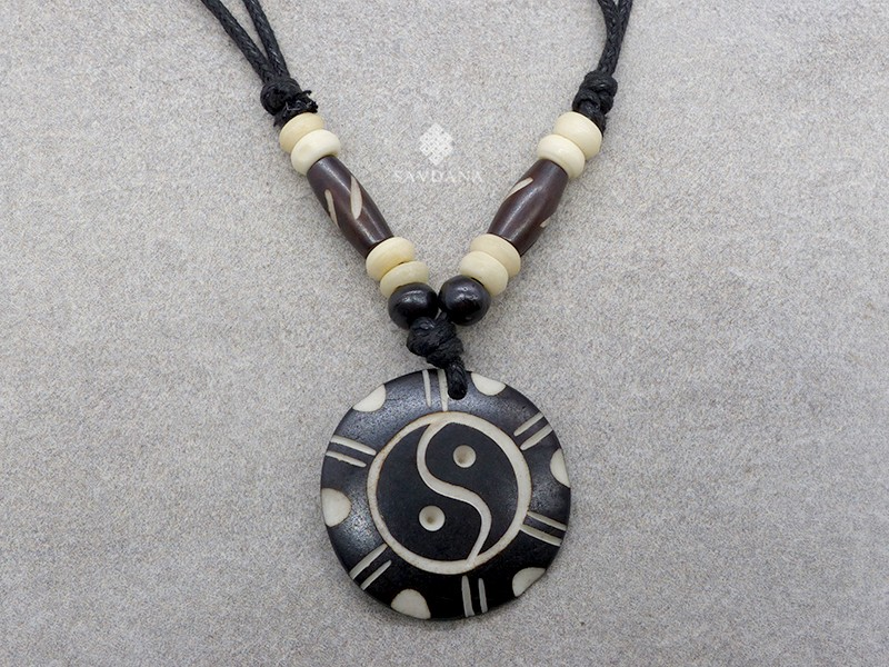 https://www.savdana.com/13648-thickbox_default/cd176-collier-tibetain-yin-yang.jpg