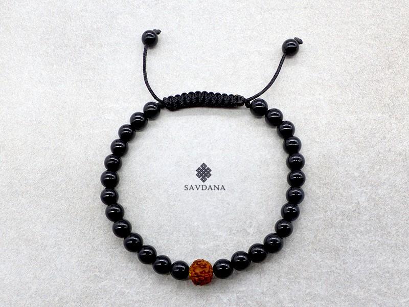 https://www.savdana.com/14204-thickbox_default/brmala334-bracelet-mala-de-prieres-tibetain-onyx-rudraksha.jpg