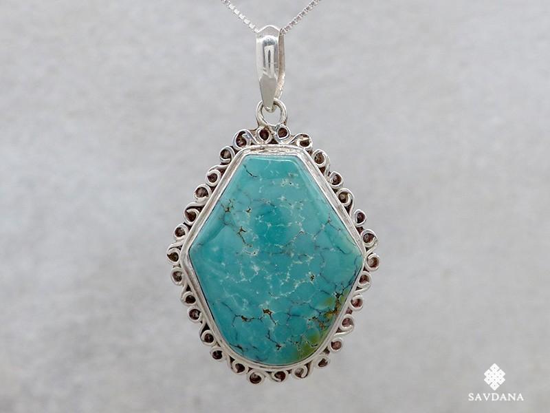 https://www.savdana.com/14663-thickbox_default/pa16-pendentif-argent-massif-turquoise-bijou-argent-pendentif-turquoise-bijou-nepal-bijou-turquoise.jpg