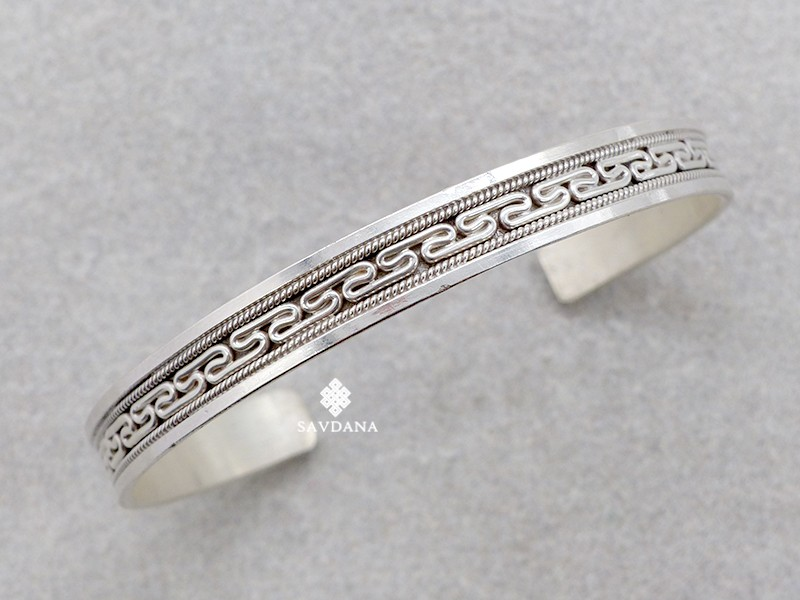 https://www.savdana.com/15545-thickbox_default/bra125-bracelet-tibetain-argent-massif.jpg
