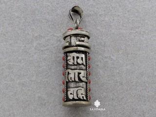 P102 Pendentif Ghau Mantra Om Mani Padme Hum