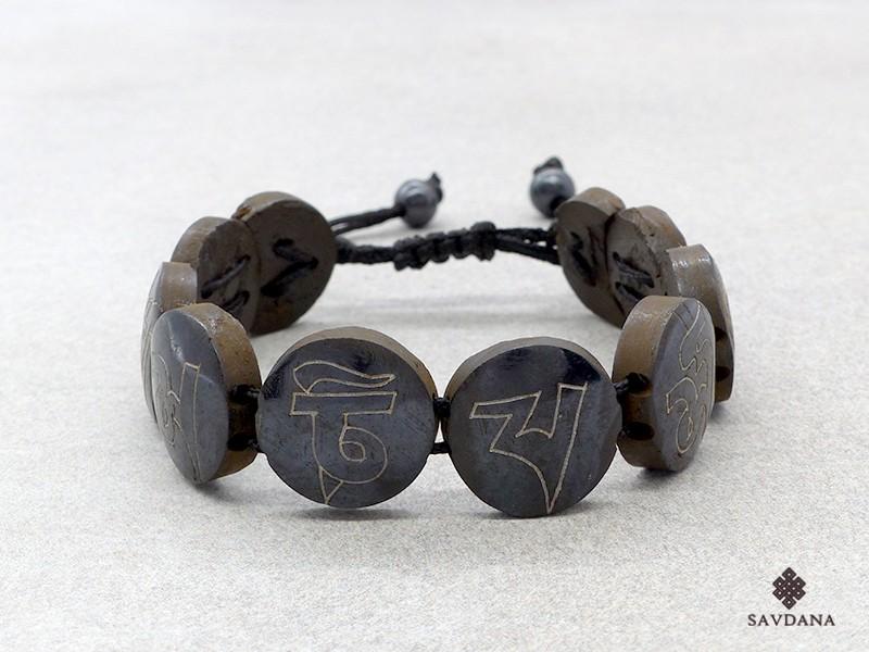 https://www.savdana.com/16033-thickbox_default/brd379-bracelet-tibetain-astamangala-os-de-buffle.jpg