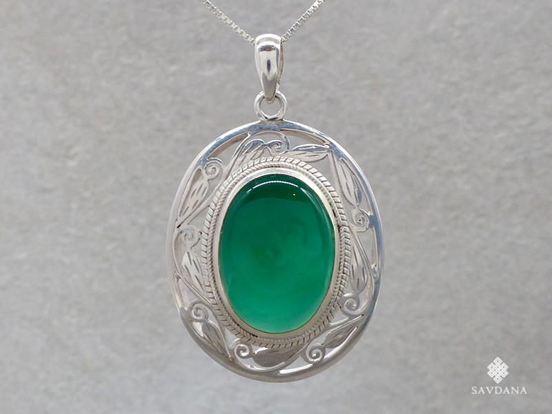 https://www.savdana.com/16888-thickbox_default/pa250-pendentif-argent-massif-onyx-bijou-argent-pendentif-onyx-bijou-nepal-bijou-onyx.jpg
