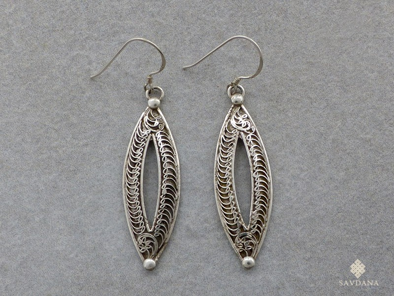 https://www.savdana.com/17089-thickbox_default/bdoa157-boucles-d-oreille-tibetaines-argent-massif.jpg