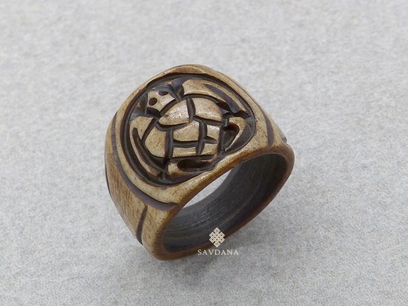 https://www.savdana.com/17244-thickbox_default/bo13-bague-tibetaine-os-de-buffle-tortue.jpg