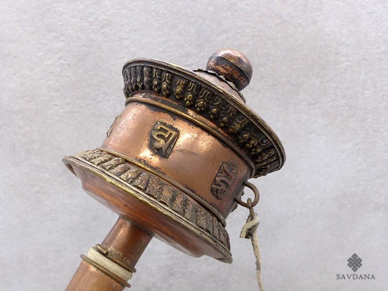 https://www.savdana.com/18729-thickbox_default/rp102-roue-a-prieres-tibetain-mantra.jpg
