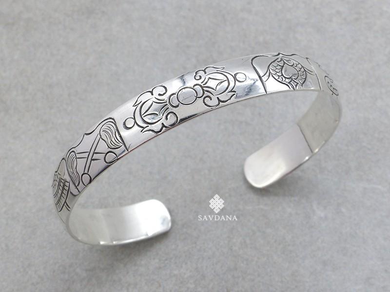 https://www.savdana.com/18964-thickbox_default/bra96-bracelet-tibetain-argent-massif-astamangala-dorje.jpg
