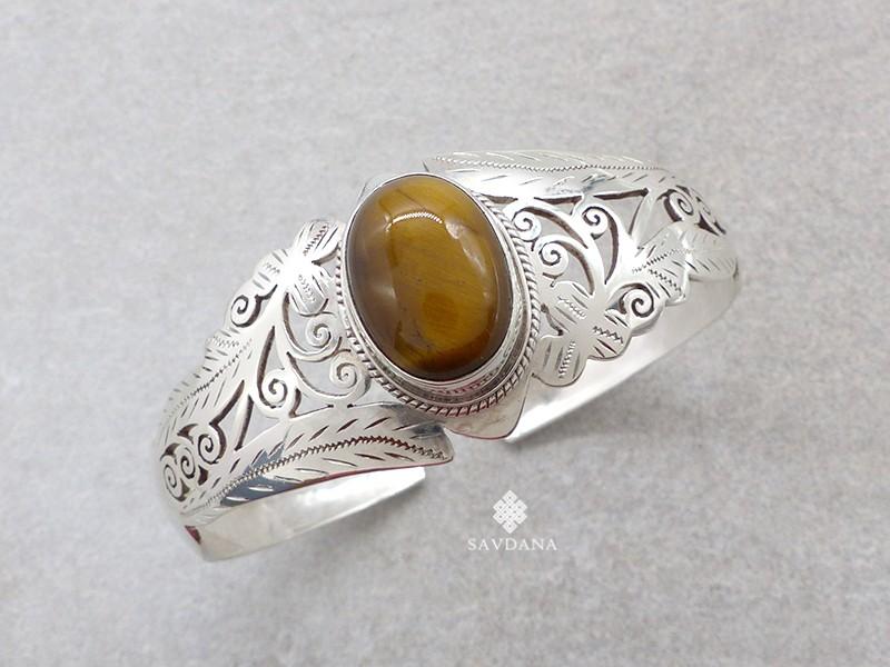 https://www.savdana.com/18968-thickbox_default/bra105-bracelet-tibetain-argent-massif-oeil-de-tigre.jpg