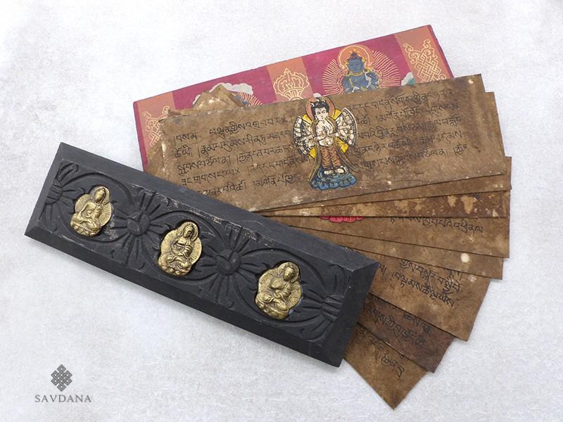https://www.savdana.com/18989-thickbox_default/lp14-livre-de-prieres-de-moines-tibetains.jpg