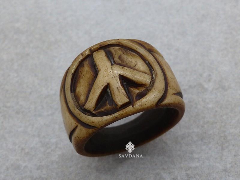 https://www.savdana.com/19157-thickbox_default/bo14-bague-tibetaine-os-de-buffle-signe-de-la-paix.jpg