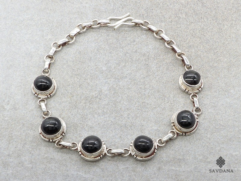 https://www.savdana.com/19189-thickbox_default/bra99-bracelet-argent-massif-onyx.jpg