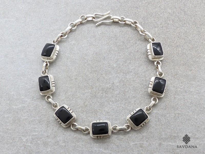https://www.savdana.com/19196-thickbox_default/bra108-bracelet-argent-massif-onyx.jpg