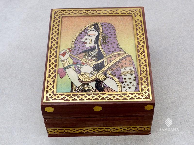 https://www.savdana.com/19241-thickbox_default/bb12-boite-a-bijoux.jpg