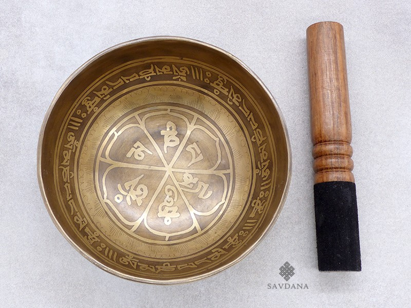 https://www.savdana.com/19548-thickbox_default/bc114-bol-chantant-tibetain-mantra.jpg