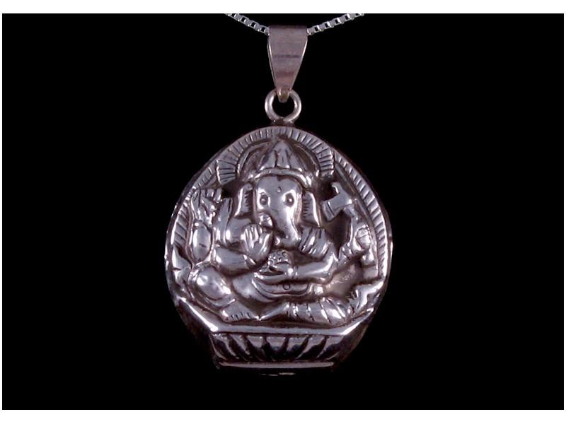 https://www.savdana.com/199-thickbox_default/pa157-pendentif-argent-massif-om-ganesh-bijou-argent-bijou-bouddhiste-pendentif-bouddhiste.jpg