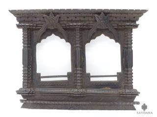 Div97 Fenêtre Népalaise Traditionnelle
