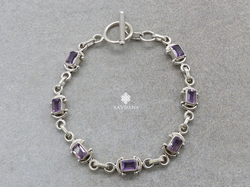 https://www.savdana.com/20706-thickbox_default/bra91-bracelet-argent-massif-amethyste.jpg