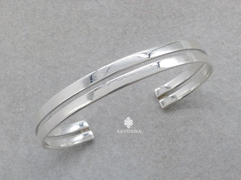 https://www.savdana.com/20785-thickbox_default/bra111-bracelet-tibetain-argent-massif.jpg