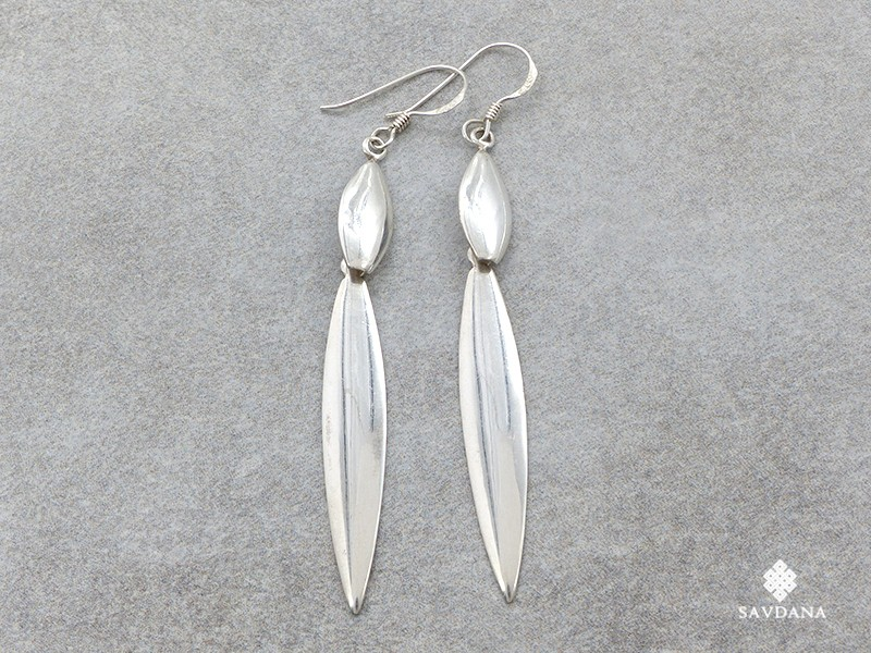 https://www.savdana.com/21016-thickbox_default/bdoa07-boucles-d-oreille-tibetaines-argent-massif.jpg