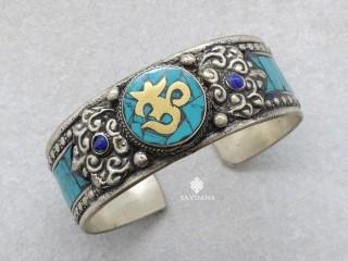 BrD311 Bracelet Tibétain Om