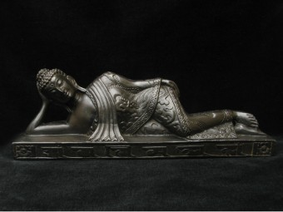 St27 Statue Bouddha Allongé Mantra Om Mani Padme Hum