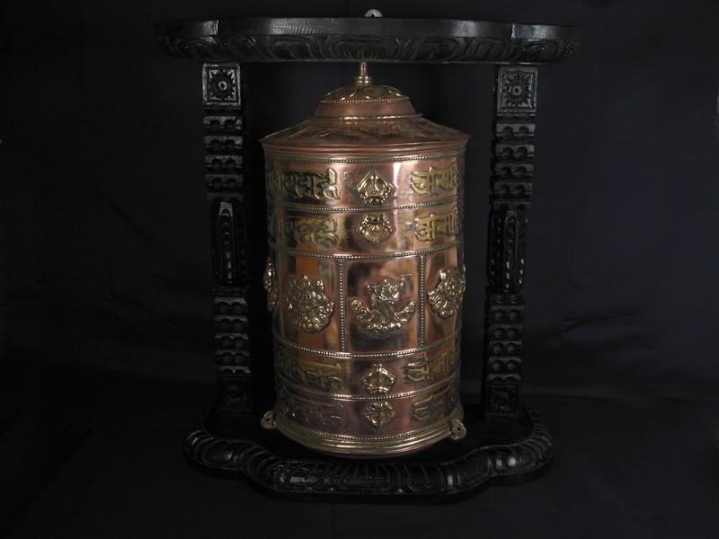 https://www.savdana.com/2587-thickbox_default/rp63-moulin-a-prieres-tibetain-mantra-astamangala-.jpg