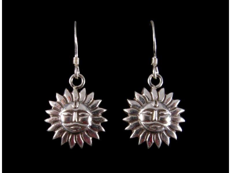 https://www.savdana.com/265-thickbox_default/bdoa77-boucles-d-oreille-tibetaines-argent-massif-soleil.jpg