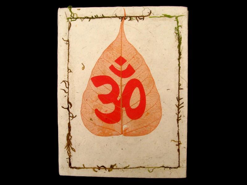 https://www.savdana.com/2685-thickbox_default/cra04-carnet-artisanal-nepalais-feuille-de-bodhi-om.jpg
