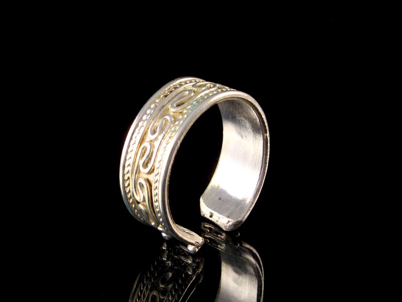 https://www.savdana.com/2918-thickbox_default/bgd65-bague-tibetaine-metal-argente.jpg