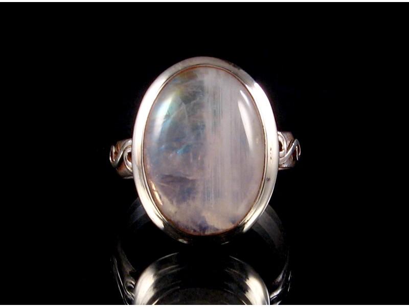 https://www.savdana.com/3788-thickbox_default/ba171-bague-argent-massif-pierre-de-lune-taille-62.jpg