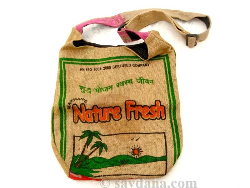 https://www.savdana.com/4085-thickbox_default/sac69-sac-besace-du-nepal-en-jute.jpg