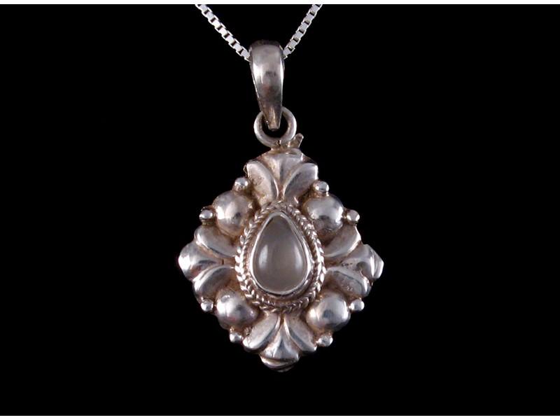 https://www.savdana.com/501-thickbox_default/pa274-pendentif-argent-massif-quartz-bijou-argent-bijou-quartz-pendentif-quartz.jpg