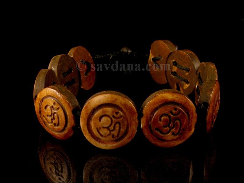 https://www.savdana.com/5065-thickbox_default/brd209-bracelet-tibetain-os-de-buffle-om.jpg