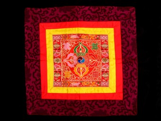 BB81 Bannière Tibétaine Dorje Vajra