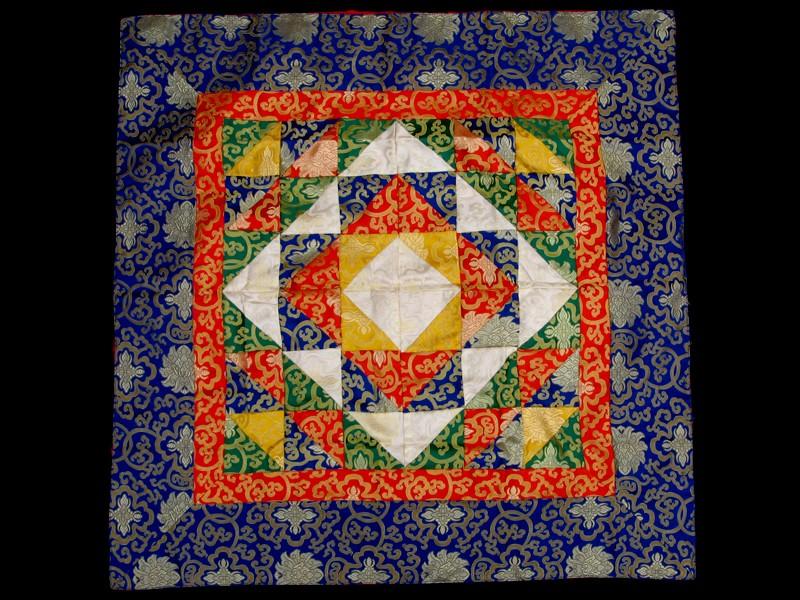 https://www.savdana.com/5274-thickbox_default/bb83-tenture-tibetaine-.jpg
