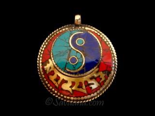 P74 Pendentif Tibétain Mantra Yeux de Bouddha Yin Yang