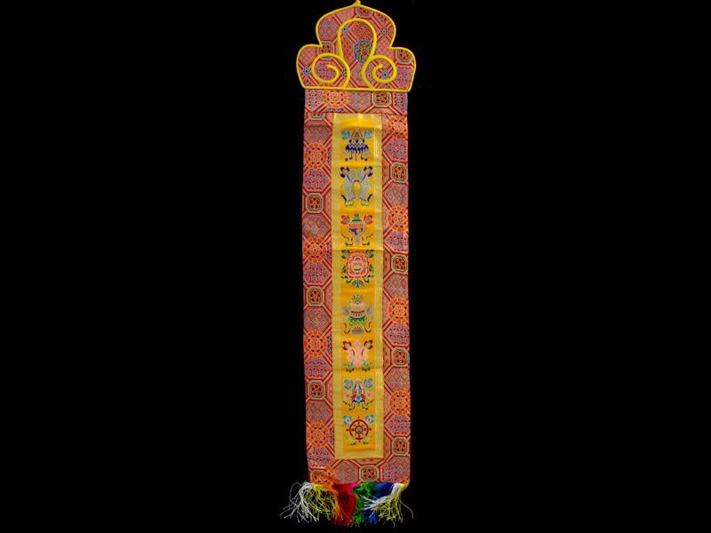 https://www.savdana.com/7094-thickbox_default/bb98-banniere-tibetaine-signes-auspicieux-du-bouddhisme.jpg